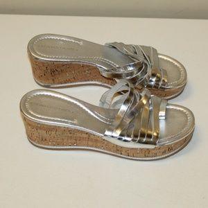 Donald J. Pliner Women size 7.5 Sandals Silver